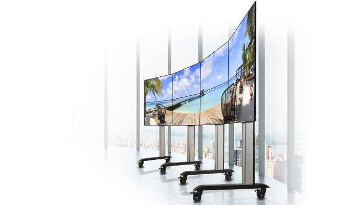B-Tech Bring Curve Appeal to Videowalls and Menu Boards