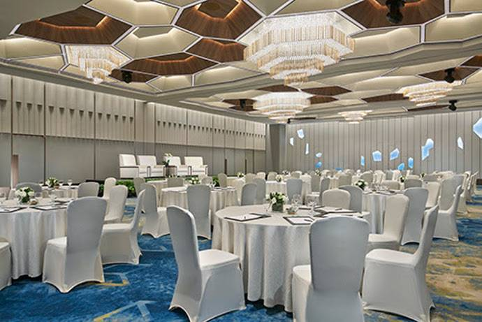 HARMAN Professional Creates Enchanting Lighting for Pan Pacific Singapore